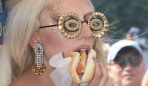 Lady Gaga Eating? a Hot Dog
