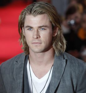 Chris Hemsworth is friggin' sexy!