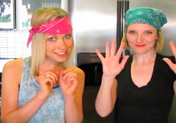 GiGi Dubois and Tara Redfield in the kitchen