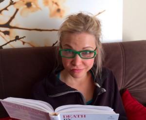 GiGi Studiying