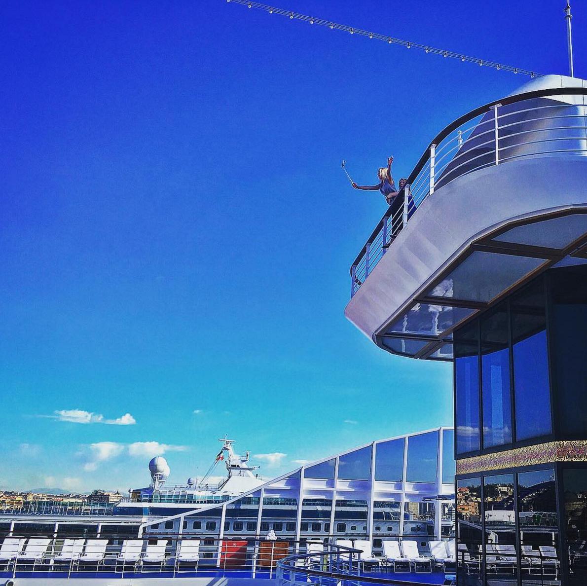 Titanic Jack Rose Oceania Cruise Selfie