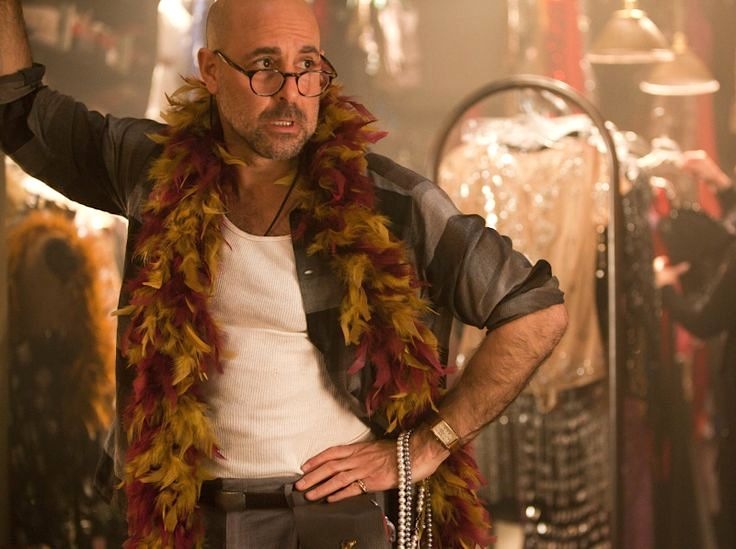 Stanley_Tucci_feathers