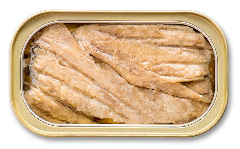 KO-USA-mackerel-open-can-EVOO